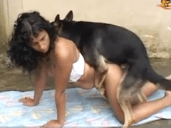 Zoofilia Latina with woman fucking a lot with dog